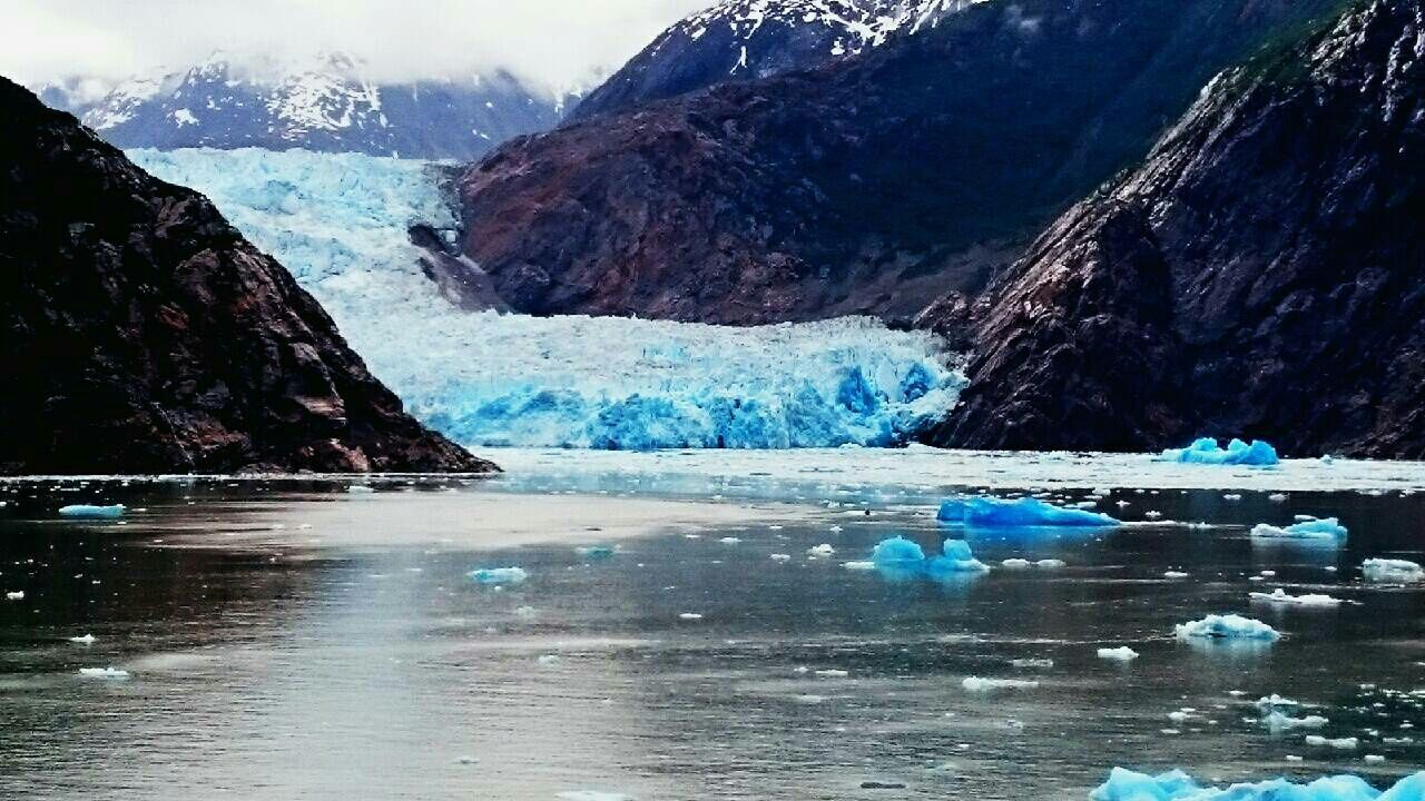 ice, mountain, water, glacier, nature, scenery, wilderness, snow, melting, iceberg, beauty in nature, cold temperature, reflection, landscape, tranquility, global warming, day, lake, no people, outdoors, glacial, sky
