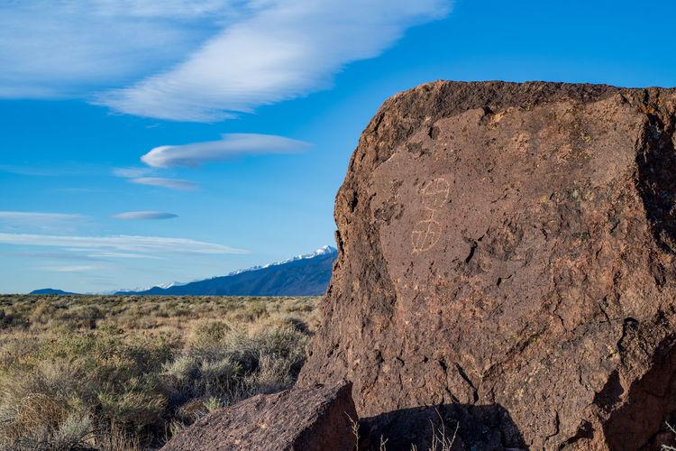 Ancient petroglyph rock art owens valley, california, usa