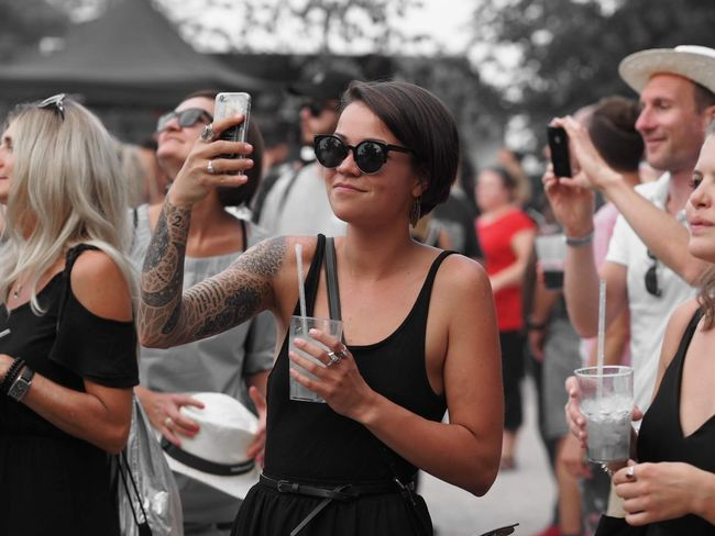 Lichterfest Lichterfest Usmforyou Glasses Drink Fashion Sunglasses Group Of People Young Adult Event Capture Tomorrow