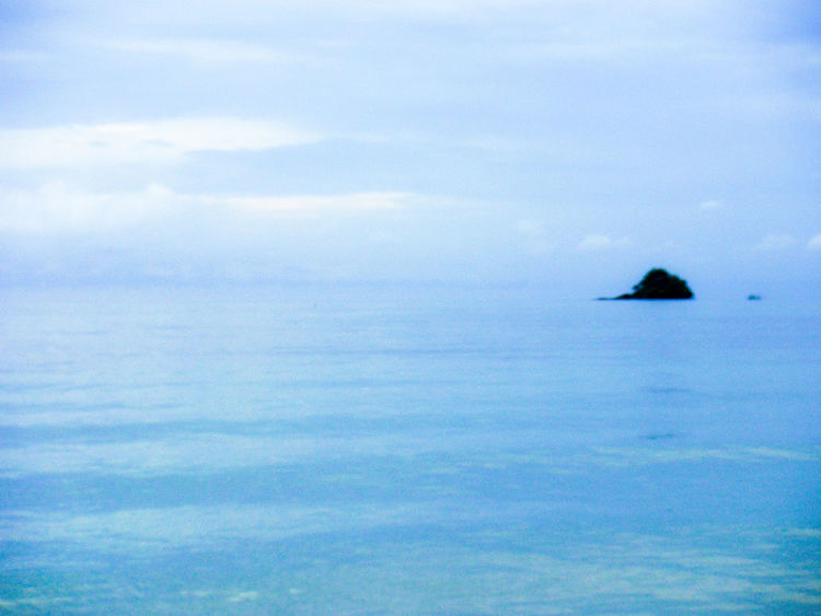 The horizon blends, sky and water become one. Floating Island In The Sky Floating Island Sky And Water No Horizon Far Away Island Hazy Skies Gradiented Sky Ocean And Sky Sky And Sea Far Away Lands Overcast Skies Soft Softness Magical Place Peaceful View Peaceful Gentle Gentle Waves Gentle Waters DreamScapes Koh Chang Ko Chang Thailand EyeEm Thailand