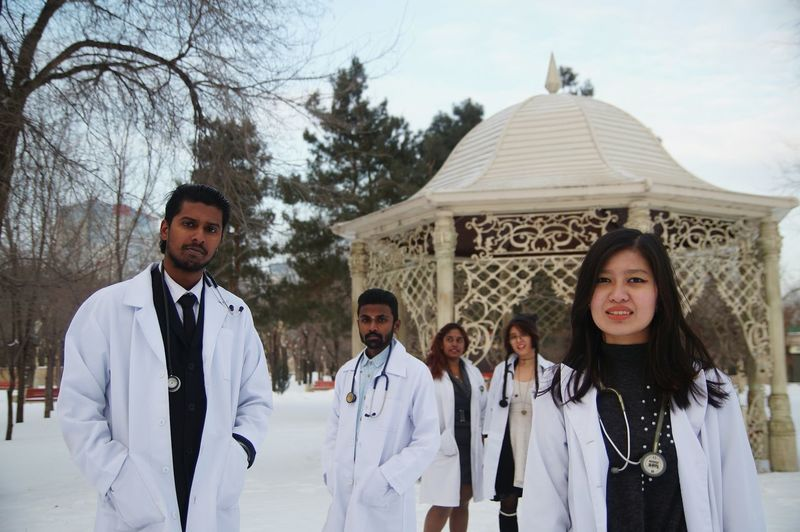 Doctor's to graduate soon.. Well it's a pre-grad photoshoot.. Winter Looking At Camera DoctorStrange Doctors Soontobe  Malaysians