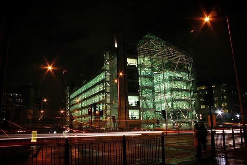 Emerald building EEprojects LiveTravelChannel Canon_photos Snapzone @natgeotravel Awesomeearth Office Business Architecture Finance Streetphotography Architecturephotography London Uk Visitlondon Night Urban Tourism England Modern Lighting Modernbuilding Glasshouse Glass Emerald Modernarchitect