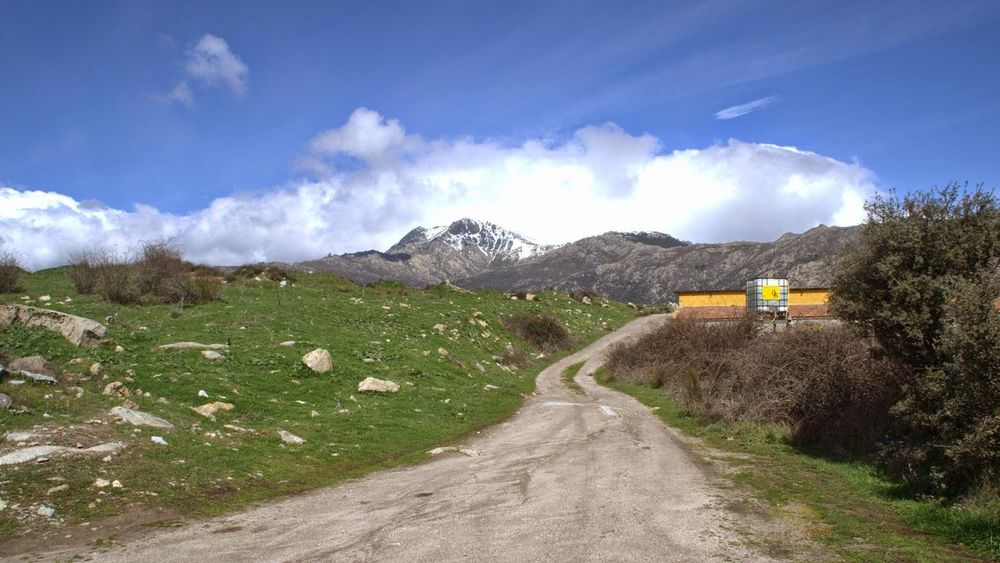 Road to mountains Mountain Road Sky Cloud - Sky Mountain Road Empty Road Country Road