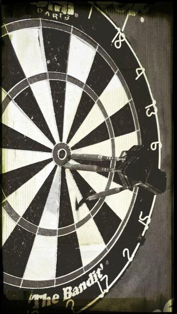 Closed it out! Black & White Darts Doublebullseye KillinIt