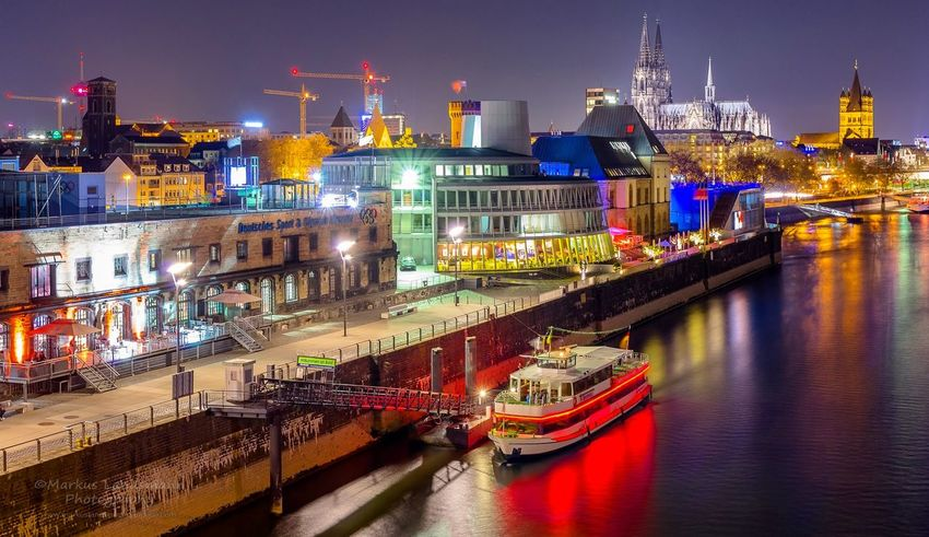 Cologne by night. Night Urban Skyline Cityscape Architecture City River No People Nightlife Urban Exploration Cologne Long Exposure Longexposure Köln Kölner Dom Outdoors Nightphotography Colors Colors Of The Night City At Night Schokoladenmuseum Rhein