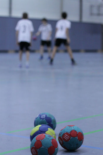 Handball Ball Focus On Foreground Indoor Leisure Activity Real People Sport Sports Hall Tsb Ravensburg Love The Game