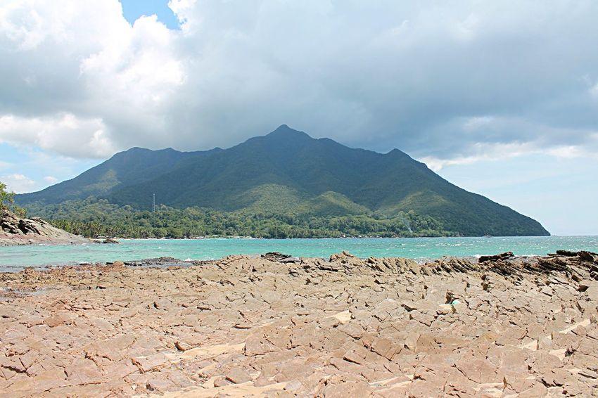 Edge Of The World Elnido Island Beach