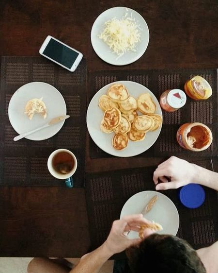 Those bittersweet mornings that almost, almost make me a morning person Pancakess 🌞