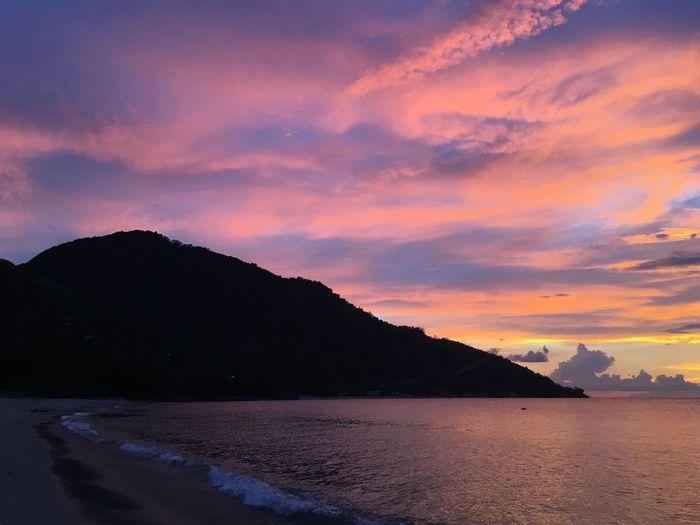 Beach Walk Mindoro Sunset Philippines Evening Waves Sloping To Sea
