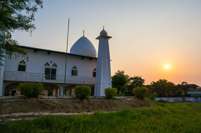 Architecture Islamic Design Nature Architectural Detail Building Exterior Islamic Islamic Architecture Islamic Art Islamicarchitecture Mosque Muslim Religion Sky Sunset