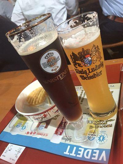Taking Photos Enjoying Life Beer オクトーバーフェスタ