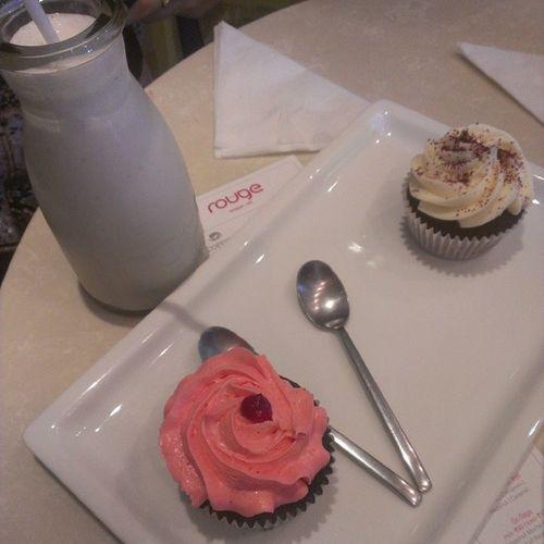 Birthday Treat Redvelvet KitkatRasberry Cupcake 5dollershake yummalicious dayout 822013