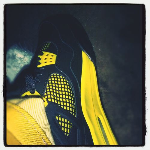 #sneakerhead #JordanHead #Retro4 #Thunder #Black #Yellow #ShoePorn
