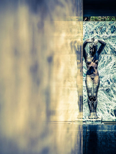 Barcelona-Pavillon, Der Morgen by Georg Kolbe 1929 Barcelona Bauhaus Deutscher Pavillon Exposició Internacional De Barcelona Georg Kolbe Mies Van Der Rohe Pavelló Alemany Pavillon Sculpture SPAIN Weltausstellung Fine Art Photography