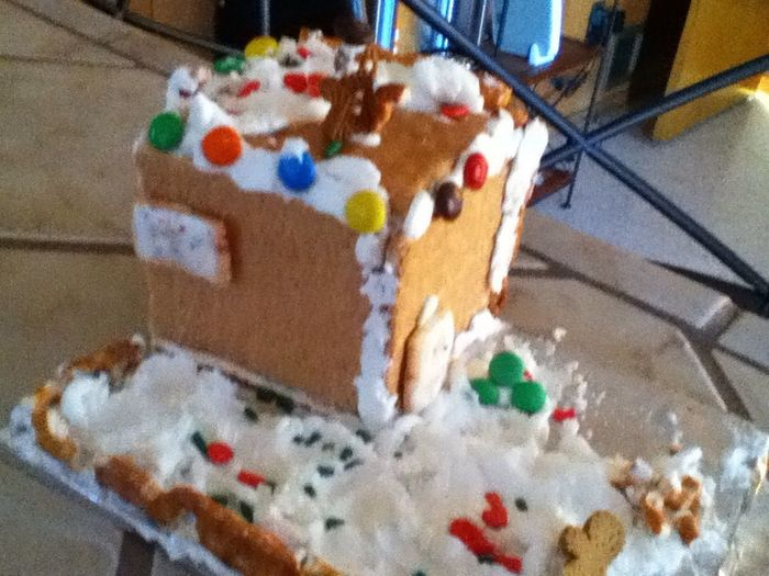 My Shity Ginger Bread House