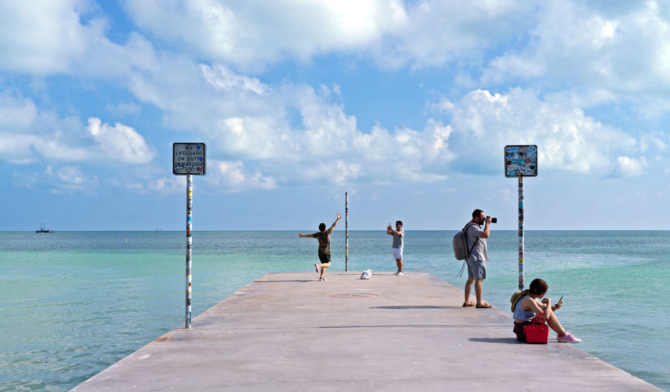 Group Of People Sky Water Sea Leisure Activity Real People Lifestyles Day Horizon Over Water Tourism Tourist Tourist Attraction  Travel Destinations Traveling Blue