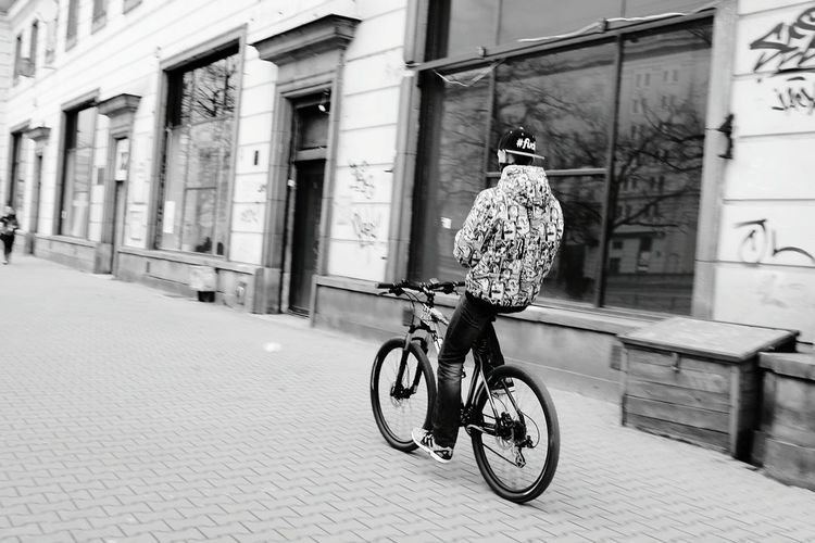 Bike Bikes Movement Streetphoto_bw Streetphotography Street Photography Photography Movement Photography Ride Ride Or Die Bicicleta Bycicle Bike Line Bikelines Urbam Photograpy Cityscapes Street Life Photography In Motion The Great Outdoors - 2016 EyeEm Awards The Street Photographer - 2016 EyeEm Awards