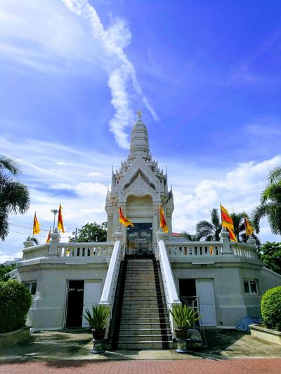 weekend trip Samutsakorn Thailand🇹🇭 City Place Of Worship Religion Ancient Arts Culture And Entertainment History Royalty Cultures