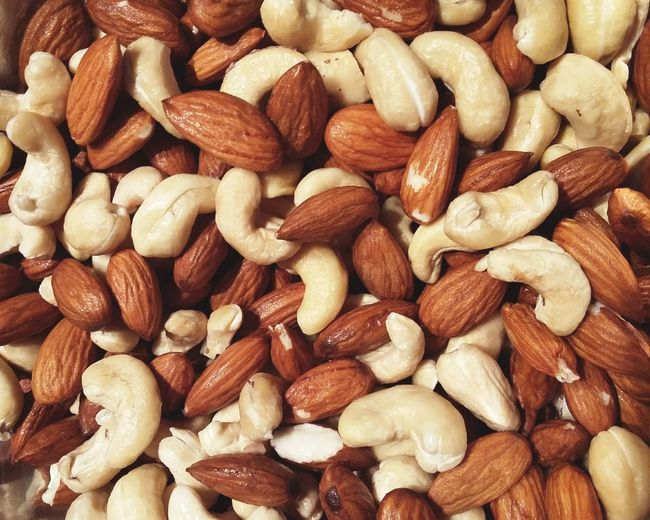 Nuts Almonds