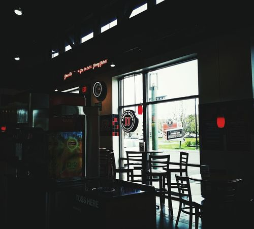 Restaurants Decor Lighting Suburbia Shadows & Lights Good Times Good Food Good Friends Jimmyjohns Eastsyracuse