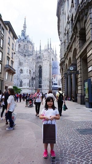 Original Experiences Piazza Del Duomo back ground is Gothic Church Duomo Di Milano at Milan,Italy June 2016 Wonderful Place Bestoftheday Happymoments Welovemilan Feel The Journey LiveTravelChannel Live Love Shop