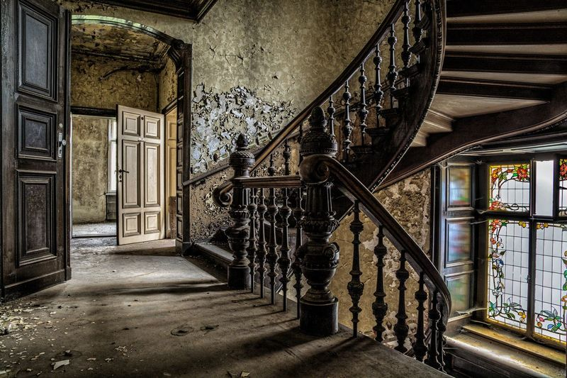 Abandoned Places Urban Urbanphotography Urbex Urban Exploration Urban Exploring Verlassene Orte Rotten EyeEm Best Shots EyeEmNewHere Eyemphotography EyeEm Gallery EyeEm Selects EyeEmBestPics Lostplaces Lost Lost Places Window View The Still Life Photographer - 2018 EyeEm Awards Steps And Staircases Staircase Corridor Steps Railing Architecture Built Structure Historic Building History Historic Building