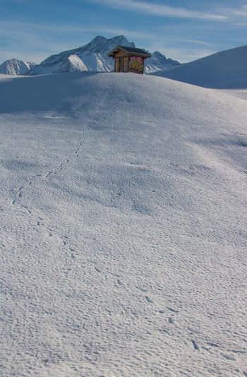 French Alps Ski Holiday Outdoors Day Winter Cold Temperature Snow Scenics - Nature Beauty In Nature Mountain Nature Snowcapped Mountain Mountain Range Mountains Traces In The Snow Built Structure Architecture Landscape Environment Tranquility Building Exterior Tranquil Scene House Building No People