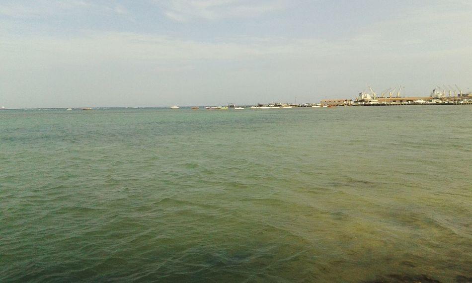 انا والبحر
