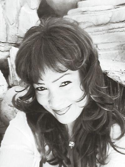 Im Born In Phillipine!! Me Black & White pretty smile