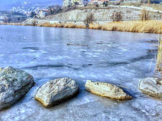 Rocks and ice. Nature Outdoors Winter Cold Temperature Water Frost Frozen Lake Beauty In Nature Frozen Lake Cold Ice Scenics Landscape EyeEm Nature Lover Walking Around Eye4photography  From My Point Of View in Brianza