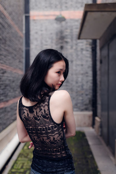 BABYGHOST Eyephotography Streetphotography Getting Inspired Taking Photos Portrait 35mm Shanghai Nikon Cool