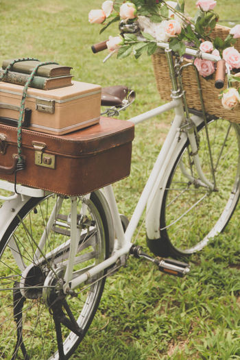 Vintage bicycle on the field with a basket of flowers and bag Classic Cycle Retro Travel Travel Photography Traveling Vintage Style Vintage Bicycle Bag Bagage Bicycle Bicycle Basket Bike Bikecycle Bikecycle Vintage Cyclephotography Day Land Vehicle No People Outdoors Retro Style Retro Styled Transportation Travelphotography Vintage