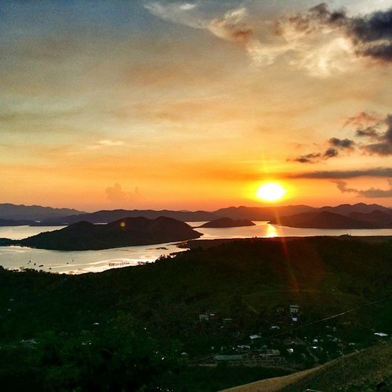 Sunset at Coron Hill. Philippines Traveling EpicView Islands coron mountains sky sun sunset sea bay tbt teamriviera instatalent instagramers