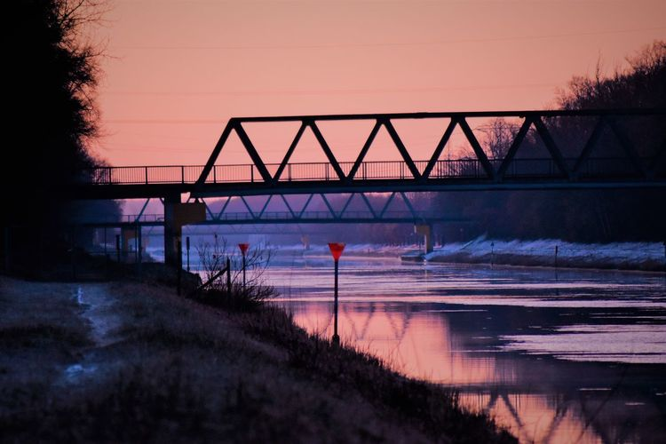 Eis Frost Mittellandkanal Sonnenaufgang Winter Architecture Beauty In Nature Bridge Bridge - Man Made Structure Built Structure Clear Sky Connection Day Kälte Nature No People Outdoors Sea Silhouette Sky Sunset Tree Water
