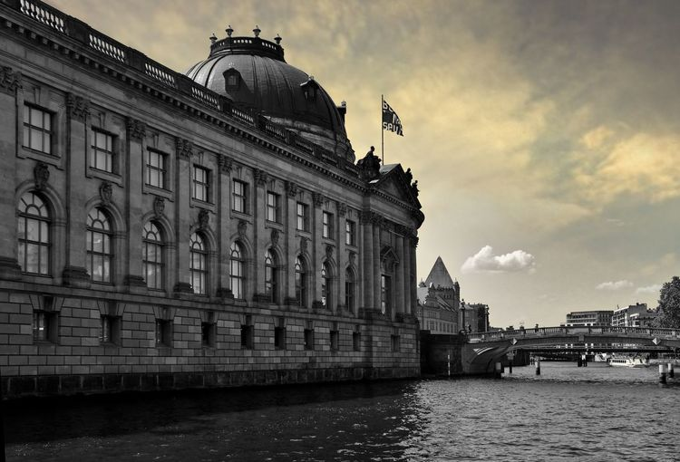 Bode Museum in Berlin Bode Museum Berlin GERMANY🇩🇪DEUTSCHERLAND@ Deutschland Architecture Building Exterior Built Structure Sky Cloud - Sky Nature Water Building City Travel Destinations The Past History Day Tourism Travel Low Angle View Outdoors Incidental People The Traveler - 2019 EyeEm Awards The Architect - 2019 EyeEm Awards My Best Photo
