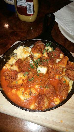 Buffalo Chicken Mac & Cheese Mac & Cheese Lunch Hot Plate