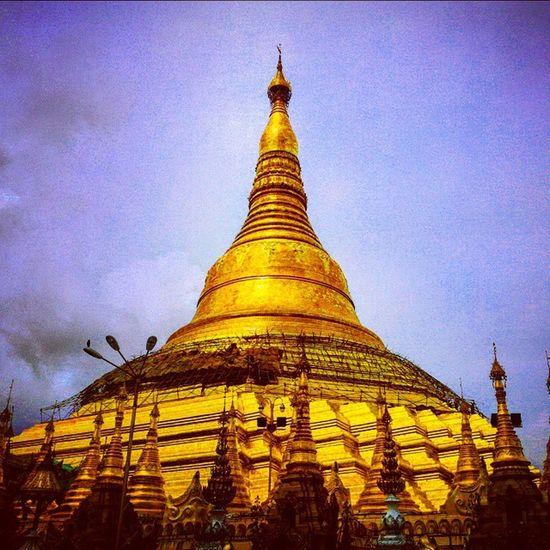 Shwedagon Pagoda Yangon Burma Myanmar Travel Travelingram Travelgram Stupa BBCTravel Worlderlust