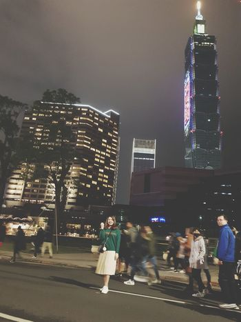 Taipei 101 Happy New Year 2018 NEW YEAR!!! Night Arts Culture And Entertainment Nightlife Illuminated People Large Group Of People City
