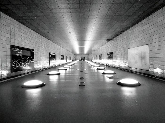 Turned around. Berlin Berliner Ansichten My Fuckin Berlin Underground Vanishing Point EyeEm Best Shots