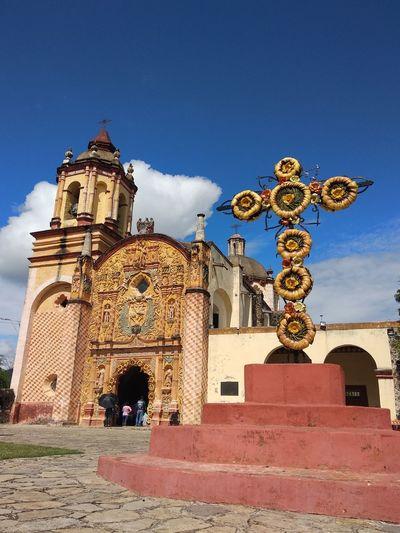 Misión San Miguel Arcangel, Concá Catolic Religion Cross Architecture Building Exterior Catholicism Church