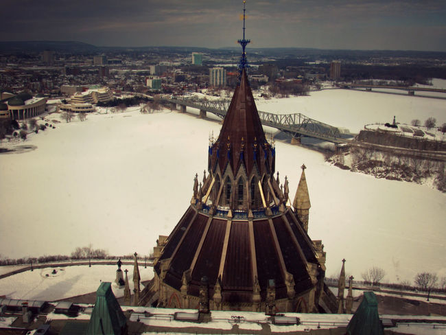 Building City Cold Lovecity  Ottawa Sky Snow Travel View Winter EyeEm Gallery Awesome Travel Photography EyeEm Best Shots Travel Destinations Taking Photos