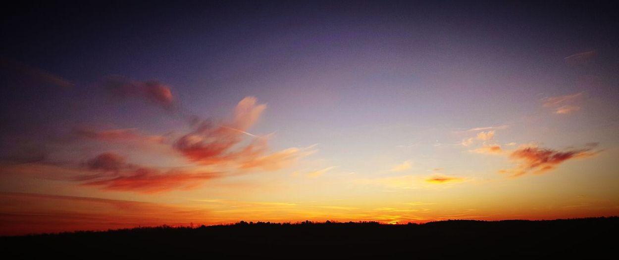 My Sky..... Just Now Sunrise Colors Sunrise Sunriseporn My World ❤ Country Life Arkansas Sunrise Samsung Galaxy S6 Edge Cellphone Photography