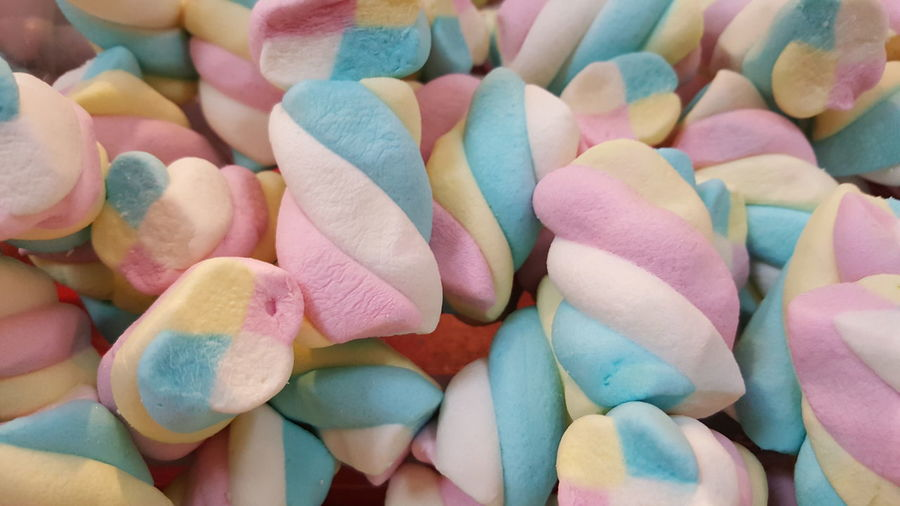 Full Frame Shot Of Colorful Marshmallows