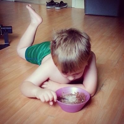 Why not eat Breakfast in the floor? :P Toddler  Toddlerlife Smartypants mybaby ieatwhereiwant