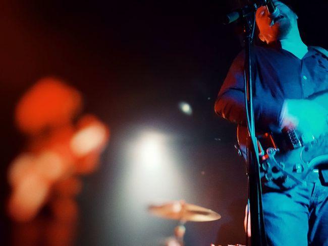 Popular Music Concert Musician Rock Music Nightclub Nightlife Performance Men Performing Arts Event Arts Culture And Entertainment Fan - Enthusiast Pop Rock Rock Group Bass Guitar Performance Group Rock Musician Modern Rock Stage Light Electric Guitar Drum Kit Music Concert Pop Musician