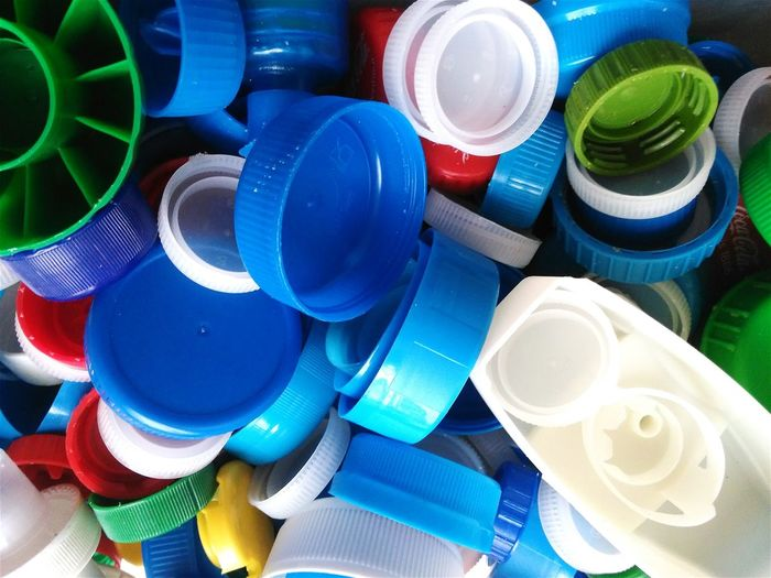 How Do We Build The World? Recycle Bouchons Bottlecaps Plastic Recycling Colour Of Life End Plastic Pollution Plastic Environment - LIMEX IMAGINE