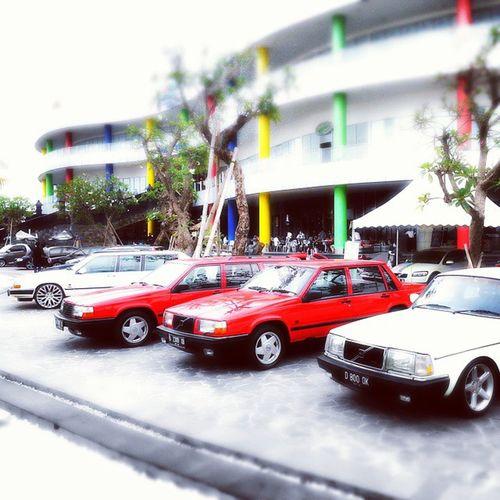 Volvo car gathering Mixcolour Black &white NiceConcept
