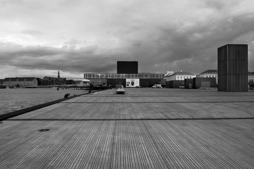 Archineos Architecture Architettura B&n B&w Bianco E Nero Black And White Blanco Y Negro Building Exterior Cloud - Sky Copenhagen Danimarca Denmark Kvæsthusbroen København Monochrome Photography Monocromo No People Outdoors Royal Danish Playhouse Skuespilhuset Ugo Villani Urban Urban Landscape