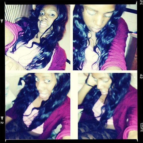 , iBe Chilling . . . * With LipGloss Onn ♥ Fwm :))