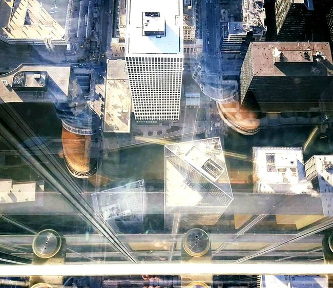 The Tourist The Tourist Mission Chicago Downtown Chicago Downtown Skydeck Skydeck At Willis Tower Skydeckchicago Reflection Glass Country To City Concrete Jungle Sky High Brown Boots Steel Toe Boots Blue Jeans Rocky Boots Rocky Boots Leather Leather Boots Adapted To The City
